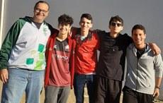 Professor Bruno e estudantes classificados para a seletiva