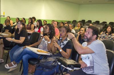 Felipe Ribeiro - aluno Libras