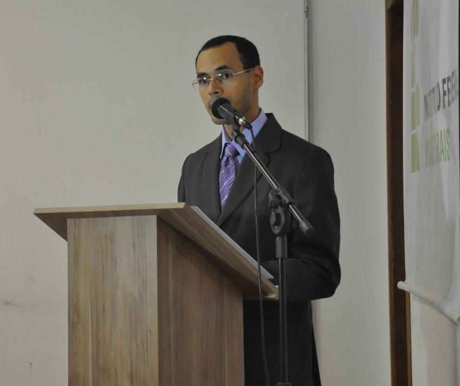 Mestre de cerimônia: pedagogo Marcelo Augusto