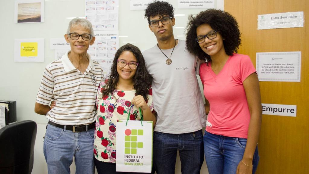 Natália Kelly Oliveira - caloura  da Engenharia Ambiental e Sanitária.jpg
