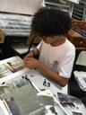 Crianças desenvolvem mosaicos